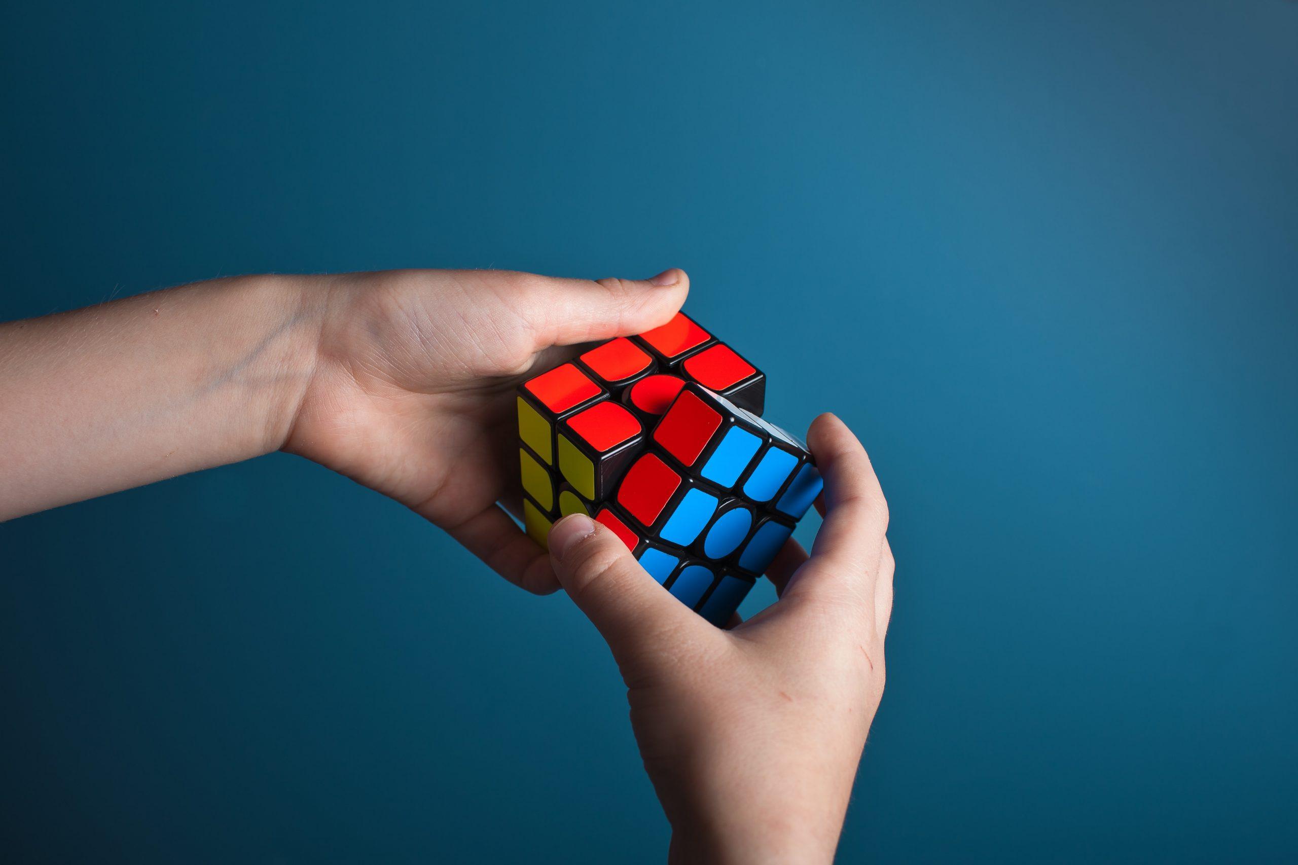 solve rubix cube, anxiety, stress, resolve