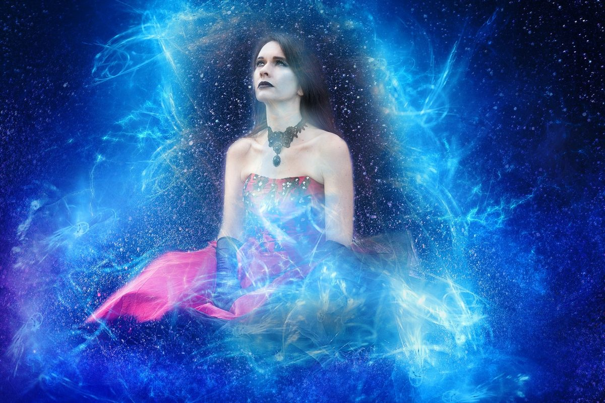 7 Weird Spiritual Awakening Experiences Everyone Has